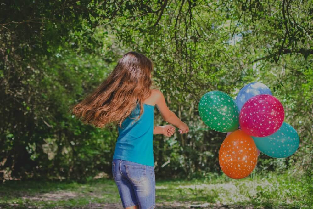 home birthday party with balloons