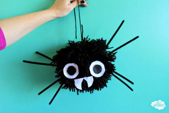 DIY Halloween Decorations - Giant Pom Pom Spider