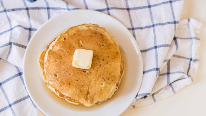 How to Make Easy Fluffy Pancakes