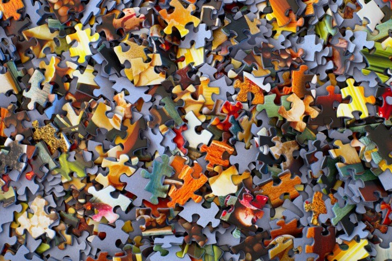Fit In - Puzzle pieces