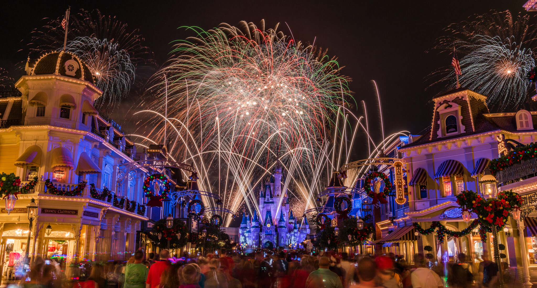 Holiday-Wishes-from-Main-Street-1